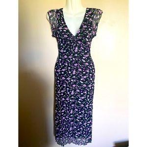 ◾️Guess+ Jeans Floral Lettuce Trim Dress